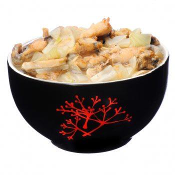 Pui de balta cu ciuperci si usturoi in vin si sos de soia livrare mancare chinezeasca