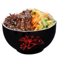 Rata picanta si crocanta cu salata de morcovi si castraveti livrare mancare chinezeasca